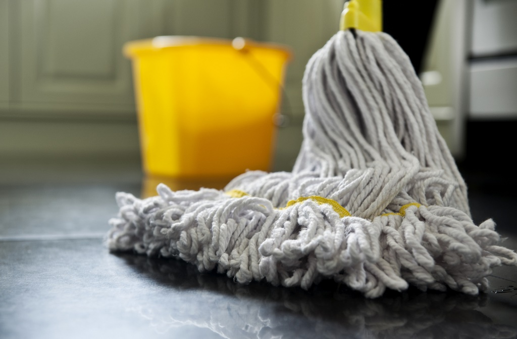 Your FAQs about commercial cleaning services, answered.